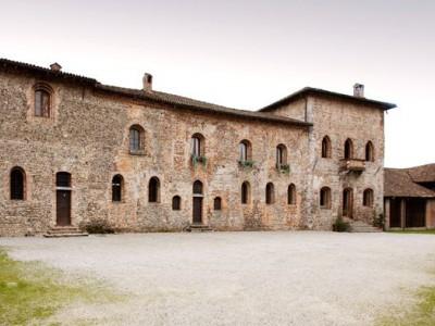 Castello di Corneliano Bertario